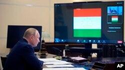 Tổng thống Nga Vladimir Putin tham dự một phiên thảo luận trực tuyến với nhóm CSTO, ngày 16/9/2021.