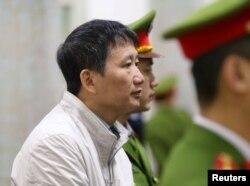 Đức cáo buộc mật vụ Việt Nam bắt cóc Trịnh Xuân Thanh ở Berlin nhưng Hà Nội nói ông Thanh tự ra đầu thú. Cựu lãnh đạo ngành dầu khí bị kết án tù trung thân 2 lần vì tội tham nhũng.