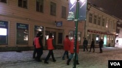 Called 'night walkers' in Swedish, civilian security groups patrol the streets after at least eight sexual assaults or attempted sexual assaults on women and girls here in the past month, Ostersund, Sweden, March 19, 2016. (Heather Murdock/VOA)