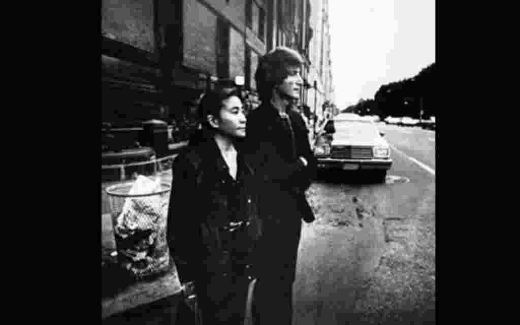 Portada del álbum 'Double Fantasy' de John Lennon, en el que aparece junto a su mujer, Yoko Ono.