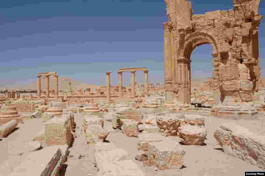 Arch and remaining columns of Palmyra, a pre-Christian trade center and oasis northeast of Damascus, photographed by Christian Sahner before the Syrian conflict began.