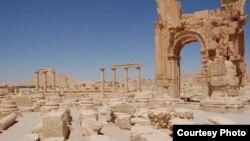 Kota tua Palmyra di timur laut Damaskus, dengan bangunan yang dibuat pada era sebelum Masehi, sebelum perang sipil pecah di Suriah. (Foto: Dok)
