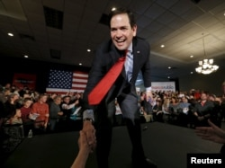 U.S. Republican presidential candidate Marco Rubio addresses supporters ahead of Minnesota's evening Super Tuesday caucuses in Andover, Minnesota, March 1, 2016.