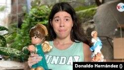 """El """"Rincón artesanal"""" de Bertha Edilys se ha vuelto famoso en la ciudad colonial de León, en Nicaragua. Foto Donaldo Hernández, VOA."""