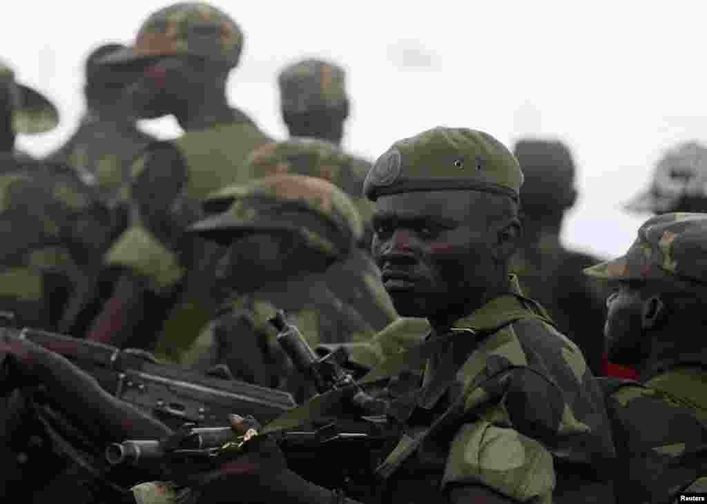 Government army FARDC soldiers, Goma, DRC, December 3, 2012.