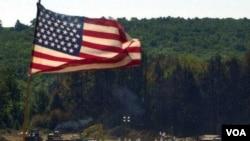 Lokasi jatuhnya pesawat yang dibajak dan jatuh di Shanksville, Pennsylvania, 11 September tahun 2001. Beberapa korban dalam serangan ini tidak teridentifikasi.