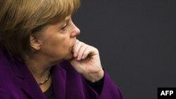 Nemačka kancelarka Angela Merkel ponovo je odbacila ideju o uvođenju euro-obveznica