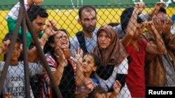 Мігранти протестують на станції в угорському місті Бічке