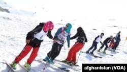 دختران اسکی باز افغان