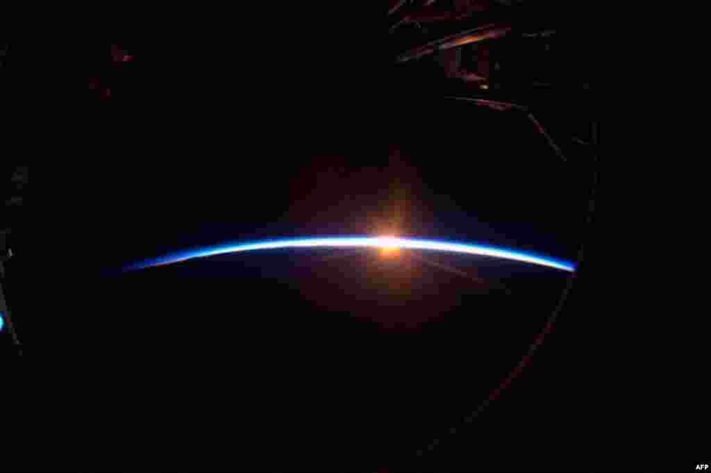 Закат в космосе