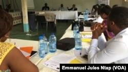 Les participants au module de formation des experts fonciers de demain, à Yaoundé, le 12 juin 2019. (VOA/Emmanuel Jules Ntap)
