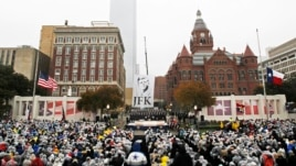 Dallasi kujton Presidentin Kennedy