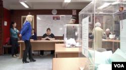 Glasanje na izborima u Srbiji