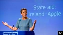 Cao ủy Margrethe Vestager nói rằng thoả thuận với Ireland đã giúp Apple được hưởng những lợi ích về thuế mà các doanh nghiệp khác không được hưởng.
