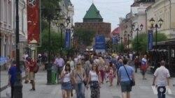 俄罗斯居民享受世界杯给城市带来的欢乐