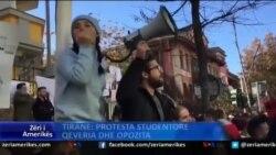 Protesta studentore, qeveria dhe opozita