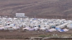 Arab Refugees Flood Into Iraqi Kurdish City