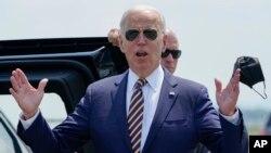 Predsjednik SAD Joe Biden odgovara na pitanja novinara tokom posjete Pennsylvaniji (Foto: AP/Susan Walsh)