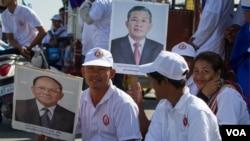 CPP supporters listen to Prime Minister Hun Sen's speech in Phnom Penh, Cambodia, June 02, 2017. (Neou Vannarin/VOA Khmer)