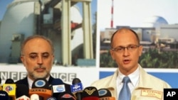 Али Акбар Салехи и Сергей Кириенко. Архивное фото.