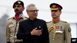 پاکستان کے صدر عارف علوی، فائل فوٹو
