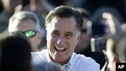 29일 미 아이오와주 데븐포트에서 유세 중인 미트 롬니 공화당 대통령 후보.