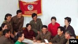 [비밀 외교문서 속 북한] 3대혁명 붉은기 쟁취운동 (2)