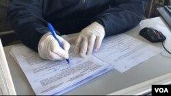 Inspektor na GP Orašje piše rješenje o obaveznoj izolaciji