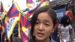 流亡藏人抗议中国镇压拒升五星旗藏人