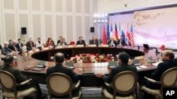 Работа группы «5+1» в Алматы, Казахстан. 26 февраля 2013 года