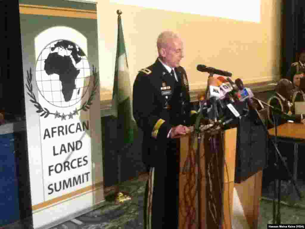 Janar James McConville kwamandan AFRICOM