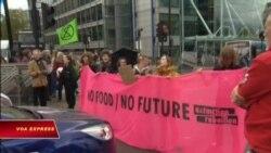 Biểu tình khắp London chống biến đổi khí hậu