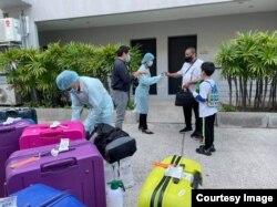 Patong Bay Hill staff greet their first Phuket Sandbox program guests (Photo Credit:Patong Bay Hill)
