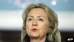Ngoại trưởng Mỹ Clinton nói 'khó mà hiểu' làm cách nào quyết định của bộ tư pháp Nga có thể phù hợp với những cam kết của Nga về bầu cử tự do và công bằng