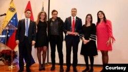 La diáspora venezolana rindió homenaje al presidente de Paraguay. Foto Embajada de Venezuela en EE.UU.