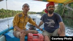 Alex Gonzalez Davidson (right), director of Mother Nature, an environmental NGO in Cambodia. (Courtesy of Alex Gonzalez Davidson)