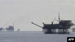 Khát dầu