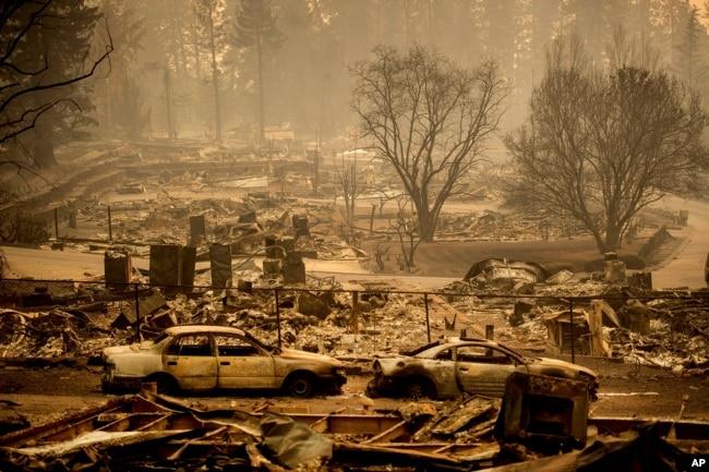 El incendio denominado Camp Fire arrancó en las estribaciones de la Sierra del Condado de Butte, a unos 280 kilómetros al norte de San Francisco.