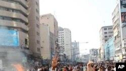 ڈھاکہ اسٹاک ایکس چینج میں 600 پوانٹس کی کمی، سرمایہ کاروں کا مظاہرہ