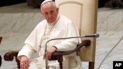 No se ofrecieron detalles de la conversación entre el Papa y la familia de Foley.