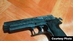 Pistol standar militer 9 mm. (Foto: Courtesy/Kapendam XVII-Cen)