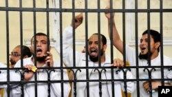 """""""Musulmon birodarlar"""" a'zolari politsiyani o'ldirganlikda aybdor deb topildi"""
