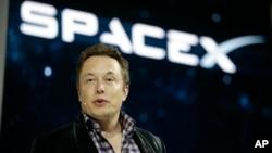 Elon Musk, CEO y CTO de Space X y la automotriz Tesla.