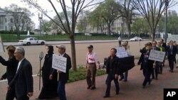 20일 백악관 앞에서 열린 탈북자 북송 반대 시위