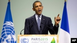 President Barack Obama delivers remarks during COP21, United Nations Climate Change Conference, in Le Bourget, outside Paris, on Nov. 30, 2015.