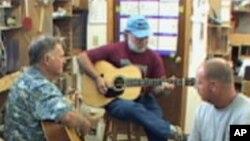 Вејн Хендерсон: производител на акустични гитари со светска слава