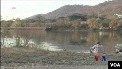 在西弗吉尼亞州,多年的煤礦採集讓這裡的地貌千瘡百孔.(視頻截圖)