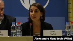 Direktorka Kancelarije za demokratski i ekonomski razvoj USAID-a Šenli Pinčoti, Foto: VOA