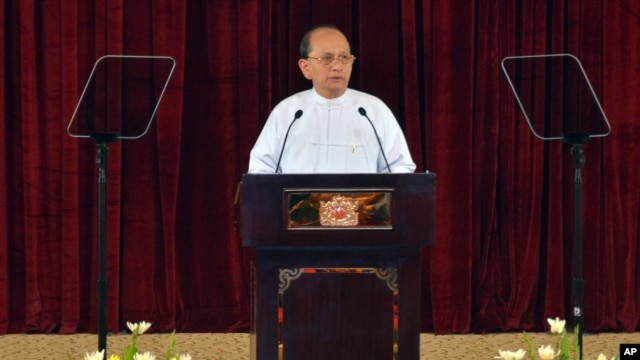 Burmese President Thein Sein delivers a speech at the President house in Naypyitaw, Burma, December 26, 2012.