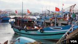 Bắc Kinh bác bỏ cáo giác của Hà Nội rằng tàu Trung Quốc tấn công tàu cá Việt Nam.